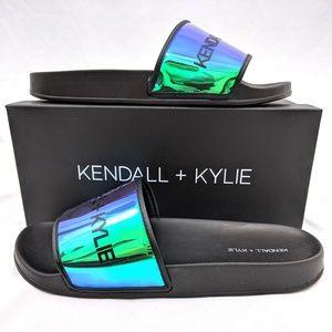 Kendall & Kylie Metallic Black Pool Slides 9M